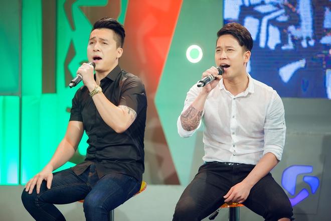 Tien Dung The Men 'tan tinh' MC Bua trua vui ve hinh anh 2