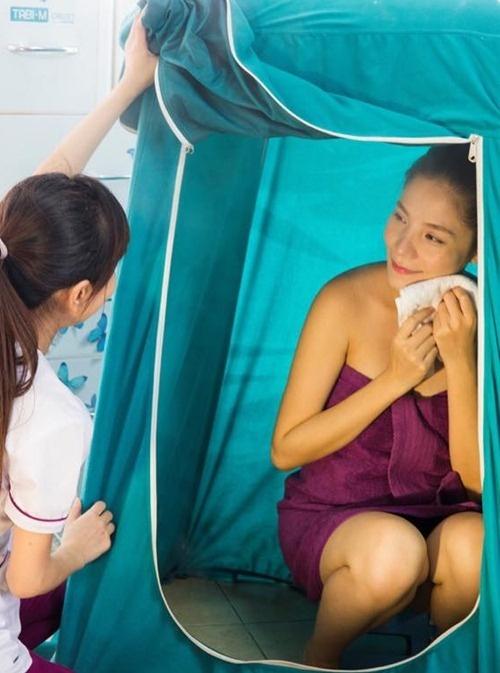Kiwi Ngo Mai Trang lay lai vong eo 63 cm mot thang sau sinh hinh anh 2