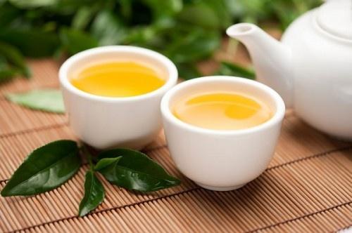 Uống nước trà ngay sau bữa ăn cũng là thói quen có thể khiến bạn chết sớm.