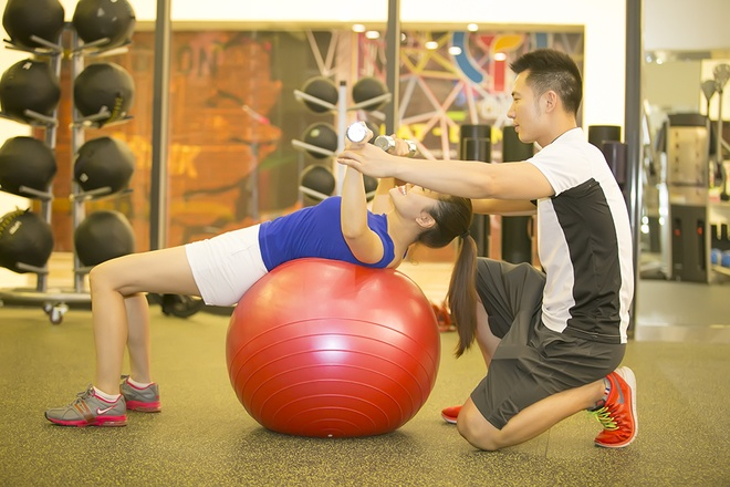 Ngoc Anh giam can, giu dang voi lich tap gym 3 buoi/tuan hinh anh 7