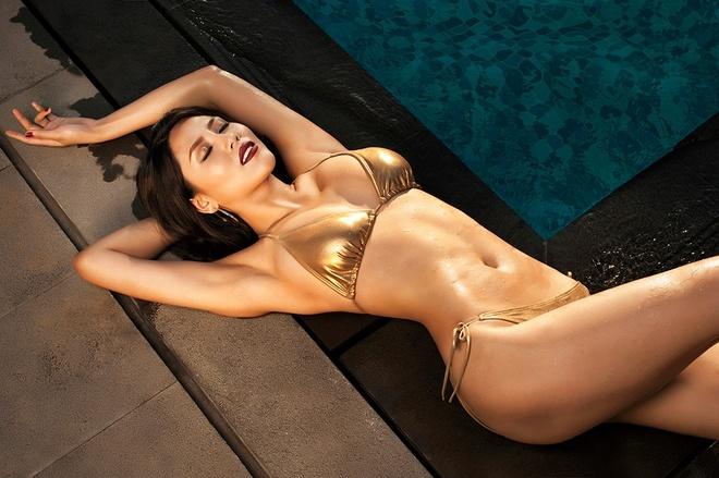 Bai tap thu nho vong eo giup Nguyen Loan tu tin mac bikini hinh anh