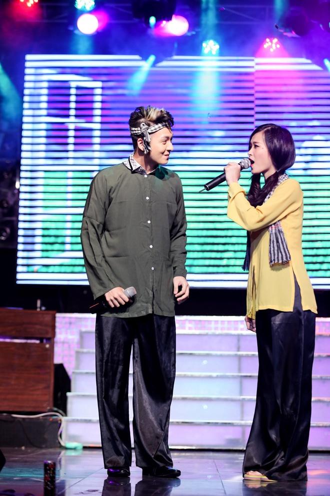 Thuy Tien ho bao, Dong Nhi ao ba ba song ca voi Kien Huy hinh anh 1