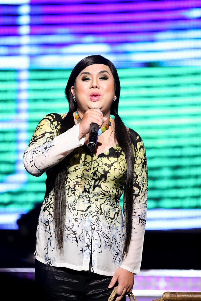 Thuy Tien ho bao, Dong Nhi ao ba ba song ca voi Kien Huy hinh anh 18