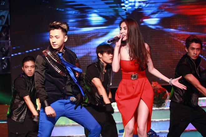 Thuy Tien ho bao, Dong Nhi ao ba ba song ca voi Kien Huy hinh anh 8