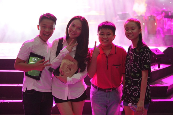 Hien Thuc, My Tam tinh nghich trong buoi tong duyet liveshow hinh anh 11