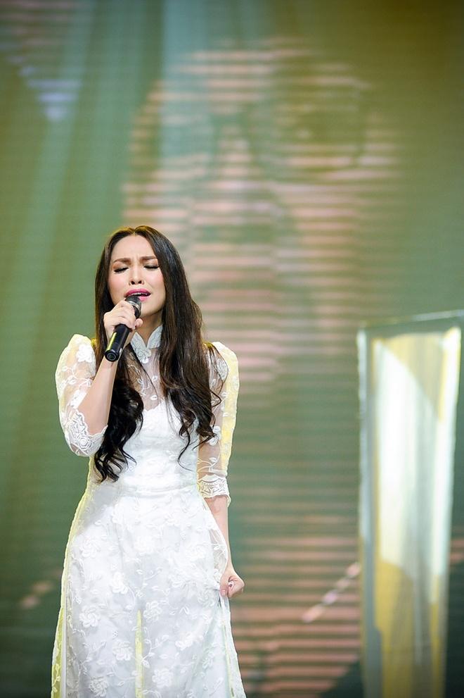 Hien Thuc - My Tam bung no tren san khau liveshow hinh anh 6