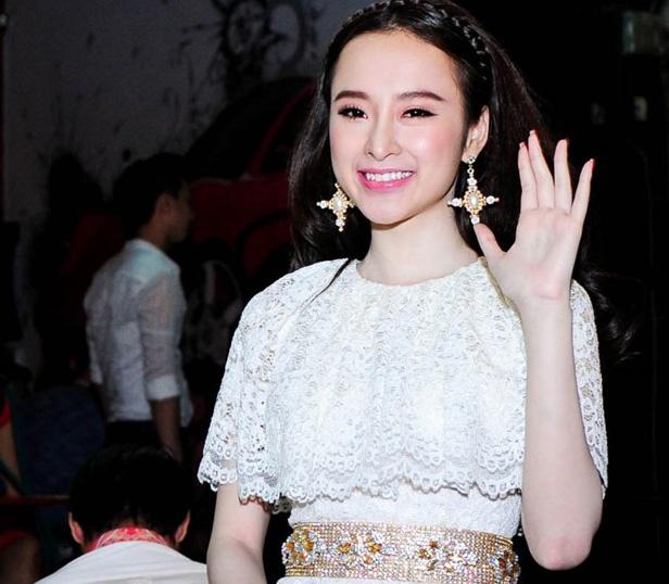 Angela Phuong Trinh dong cua quan bar vi e am, thua lo hinh anh