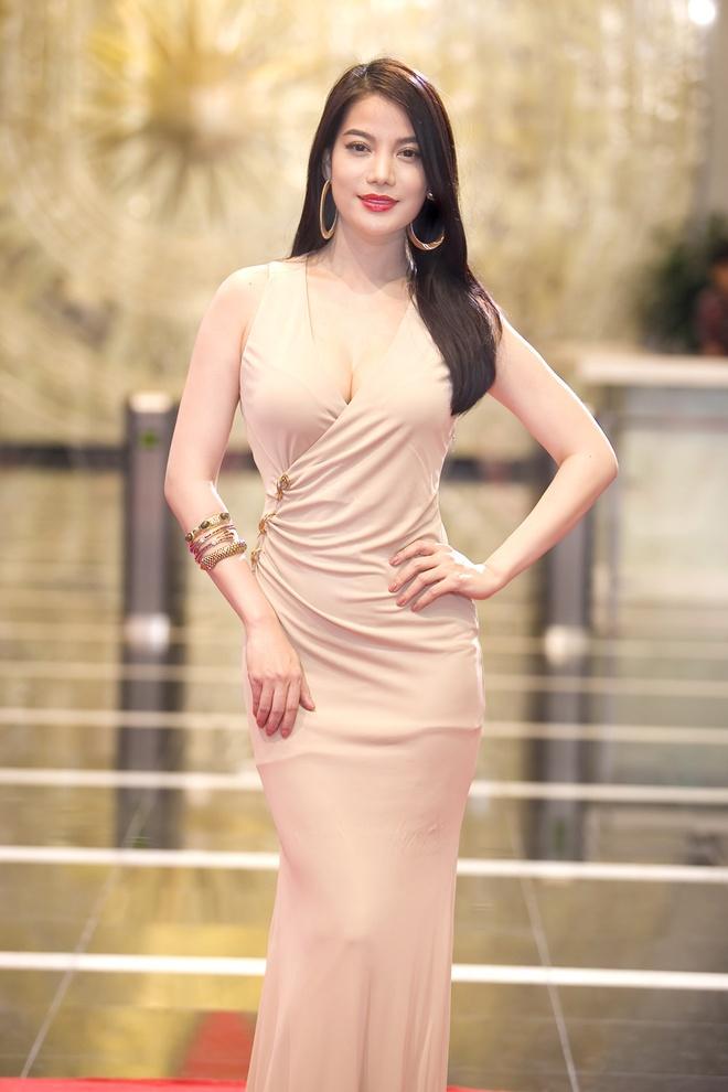 Truong Ngoc Anh goi cam tren tham do An tuong VTV hinh anh 1