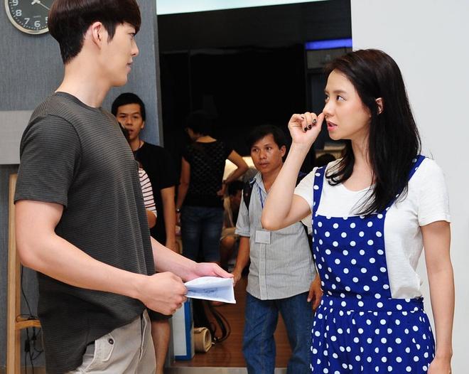 Canh quay dau tien cua Ngoc Thao va Kim Woo Bin, Song Ji Hyo hinh anh
