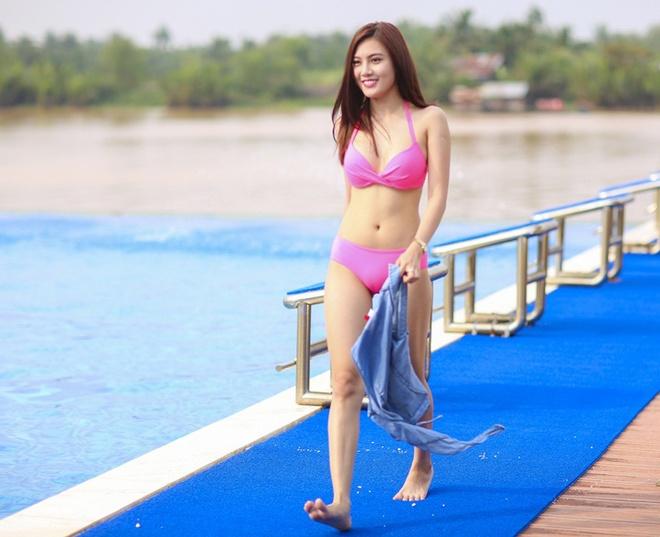Phan Dinh Tung tung MV co nhieu canh nong bong hinh anh 7