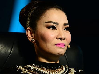 Thu Minh len tieng ve vu lo clip dung mat gau tuoi gay soc hinh anh