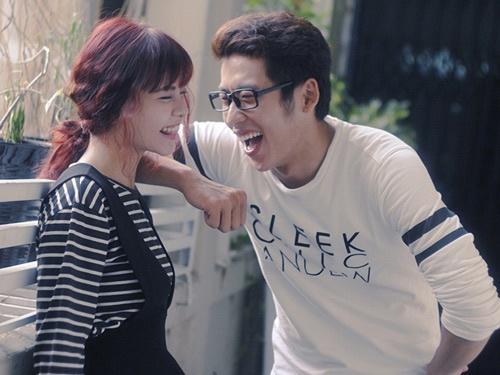 Tia Hai Chau bi ban trai hot boy phan boi trong MV moi hinh anh