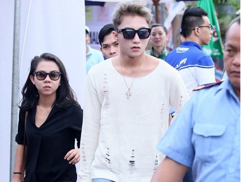 Son Tung M-TP duoc ve si ho tong khi chay show o Sai Gon hinh anh