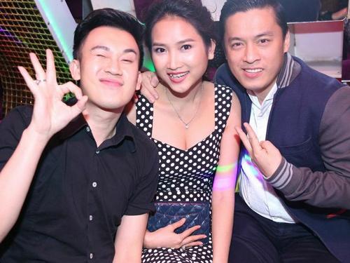 Lam Truong dua vo 9X di bar co vu Thanh Thao hinh anh