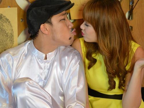 Tran Thanh - Hari Won suyt hon nhau trong tieu pham moi hinh anh