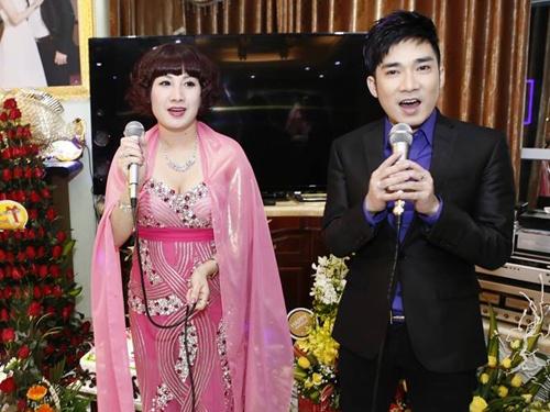 Quang Ha hat sinh nhat dai gia Thai Binh cat-xe 450 trieu hinh anh