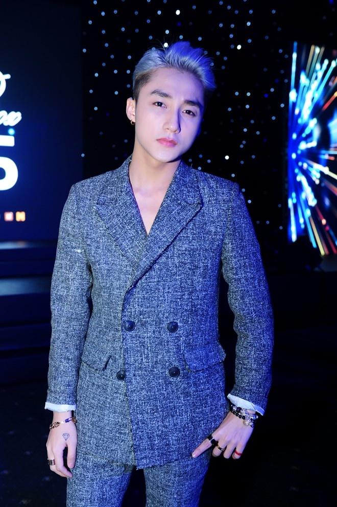 Hoang Thuy Linh chinh thuc bi loai khoi The Remix hinh anh 2