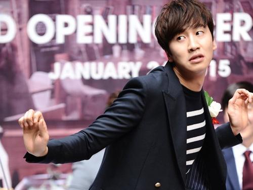 'Chang seu' Running Man nhay dang yeu o Sai Gon hinh anh