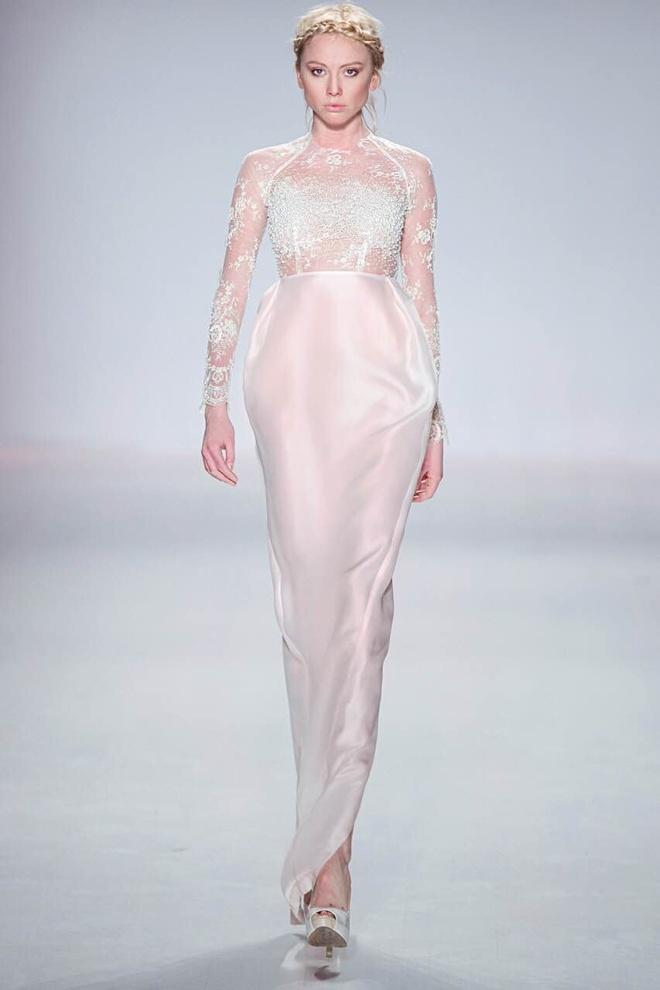 Ly Qui Khanh hon Tuyet Lan o san dien New York Fashion Week hinh anh 6