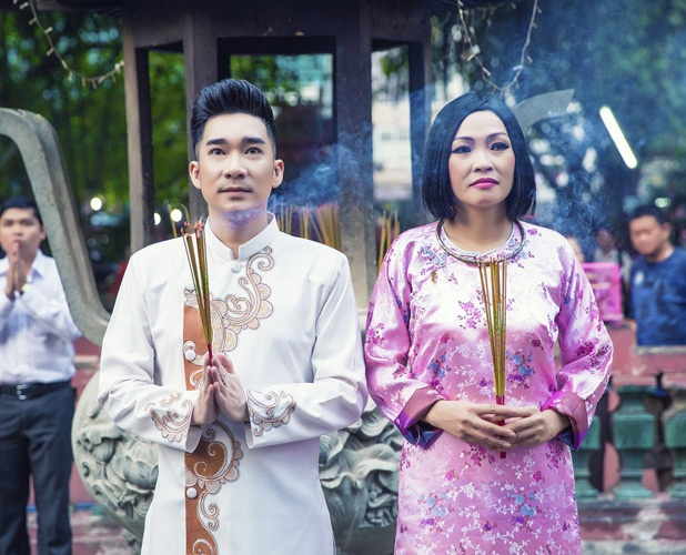 Quang Ha, Phuong Thanh dien ao dai le chua dau nam hinh anh 3