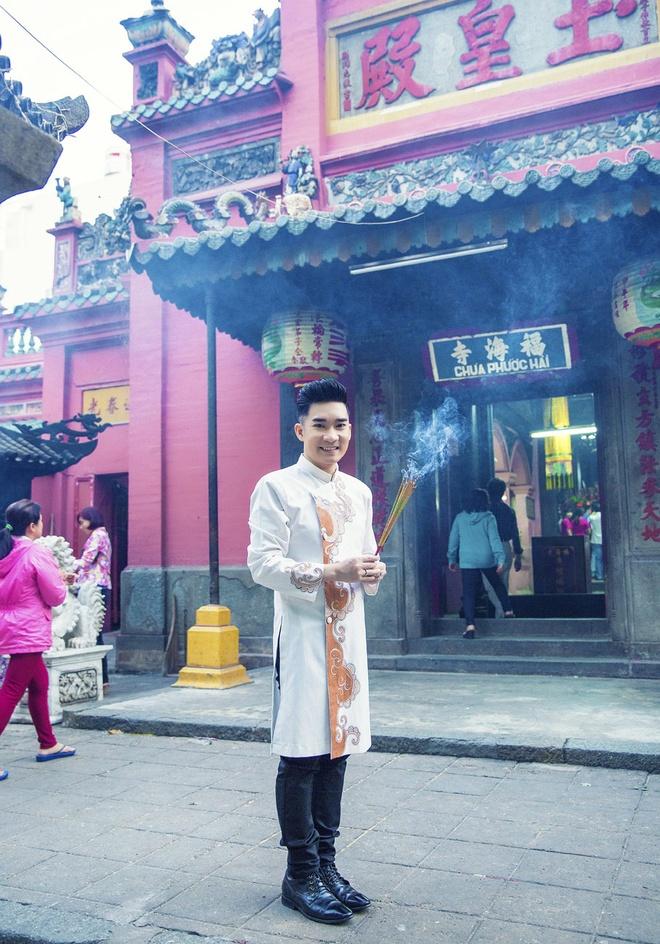 Quang Ha, Phuong Thanh dien ao dai le chua dau nam hinh anh 10
