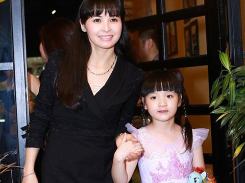 Me Bich Ngoc Got Talent: 'Chung toi mac cam vi giau' hinh anh