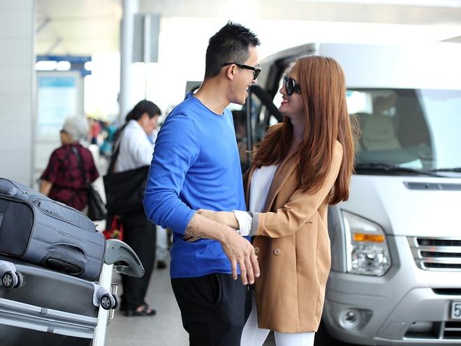 Ban trai hon Huong Giang Idol o san bay truoc gio chia tay hinh anh 3