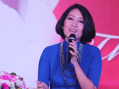Thanh Thuy lam live show danh dau 20 nam ca hat hinh anh