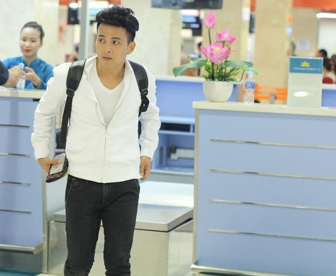 Ho Quang Hieu an mac nhu nam sinh ra san bay Tan Son Nhat hinh anh 5