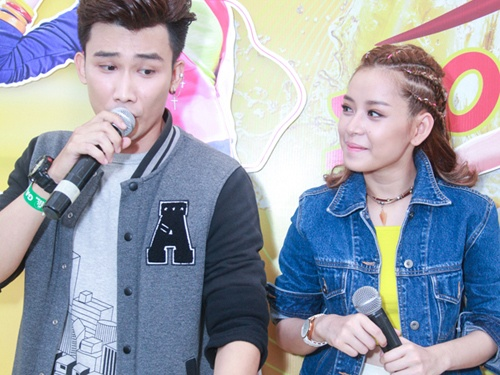 Chi Pu quen loi khi cover 'My Everything' cua Tien Tien hinh anh