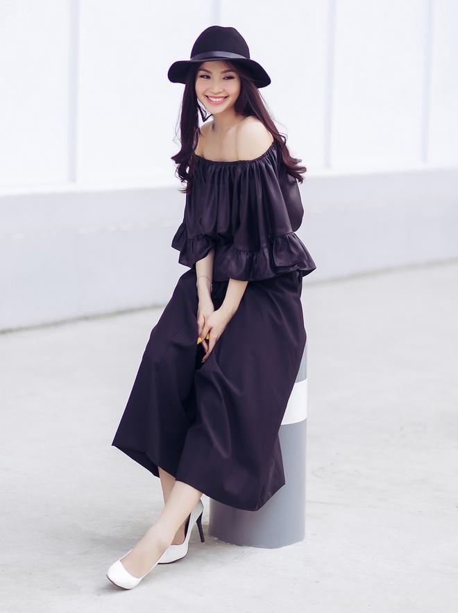 A hau Diem Trang goi cam voi 6 trang phuc duong pho hinh anh 10