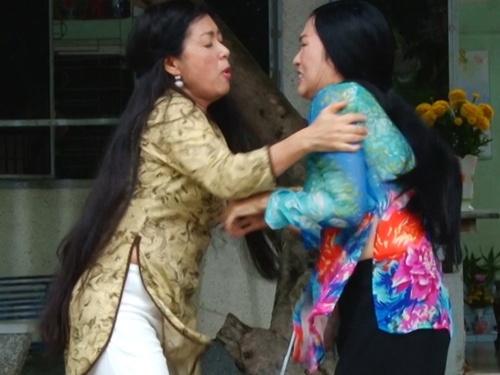 Phuong Thanh ke chuyen tat nghe si Thanh Thuy o phim truong hinh anh
