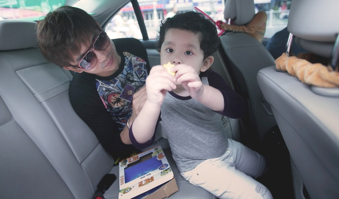 Tim cham soc con trai khi Truong Quynh Anh ban luu dien hinh anh 10