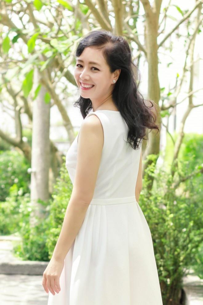 NSUT Chieu Xuan tung bi ky luat vi lay chong hinh anh 1