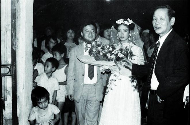 NSUT Chieu Xuan tung bi ky luat vi lay chong hinh anh 4