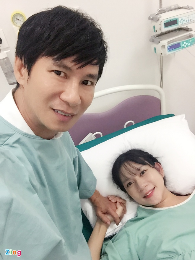Ly Hai - Minh Ha hanh phuc ben con trai thu 4 vua chao doi hinh anh 1