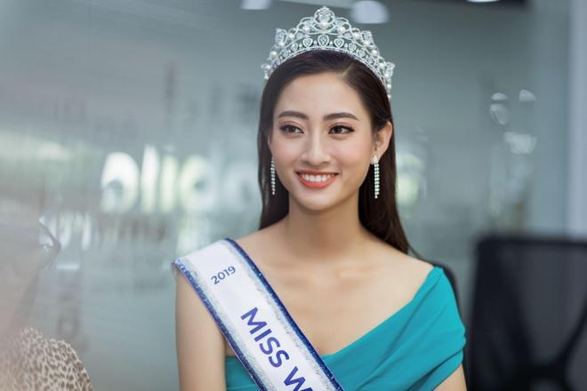 Hoa hau Thuy Linh: 'Toi se theo duoi nghe thuat, tro thanh nguoi mau' hinh anh 12
