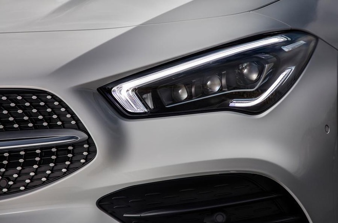 Mercedes CLA 250 AMG the he moi khong danh cho tuoi trung nien hinh anh 4