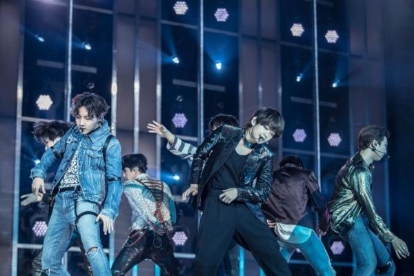 'Fake love' cua BTS lap ky luc moi hinh anh 3
