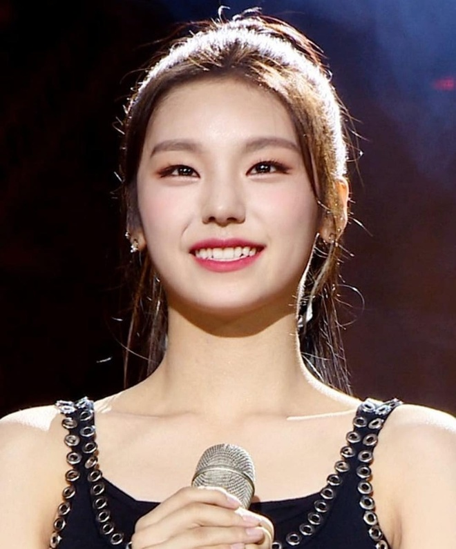Nhan sac 3 than tuong 10X duoc JYP tuyen chon vao nhom moi sau TWICE hinh anh 8