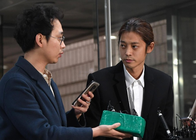 7 phu nu buoc toi Jung Joon Young, Choi Jong Hoon tan cong tinh duc hinh anh 1
