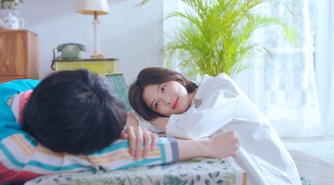 Yoo Jung xuat hien an tuong trong MV ra mat cua giong ca chinh WANNA ONE anh 11