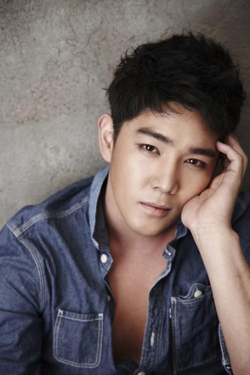 Kang In rời Super Junior sau 14 năm gắn bó vì dính loạt bê bối