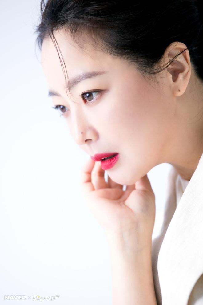 Kim Hee Sun - bieu tuong sac dep tre trung o tuoi 42 hinh anh 3
