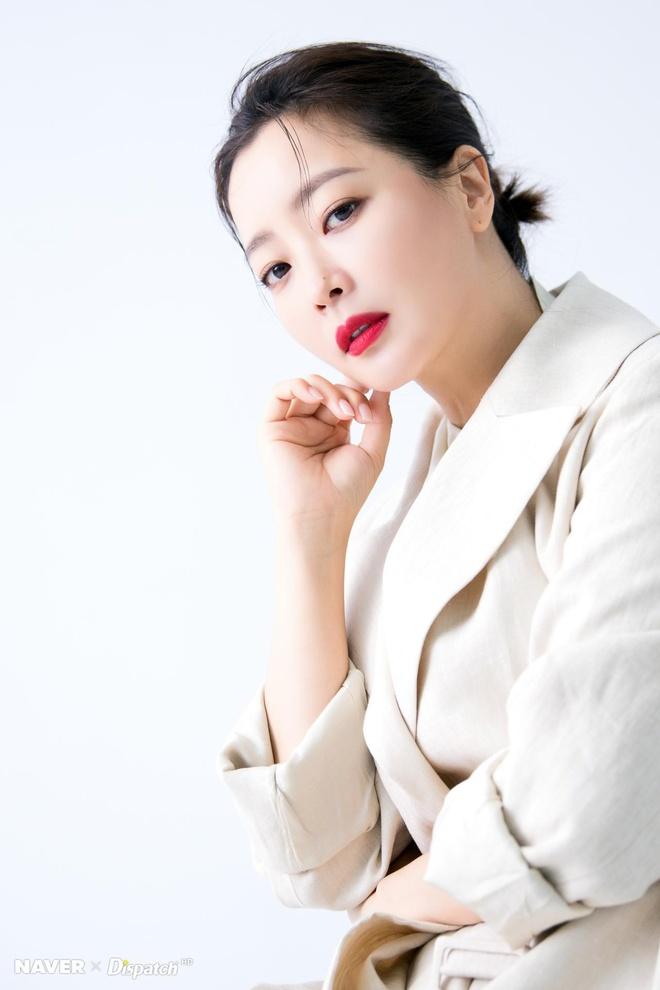 Kim Hee Sun - bieu tuong sac dep tre trung o tuoi 42 hinh anh 4