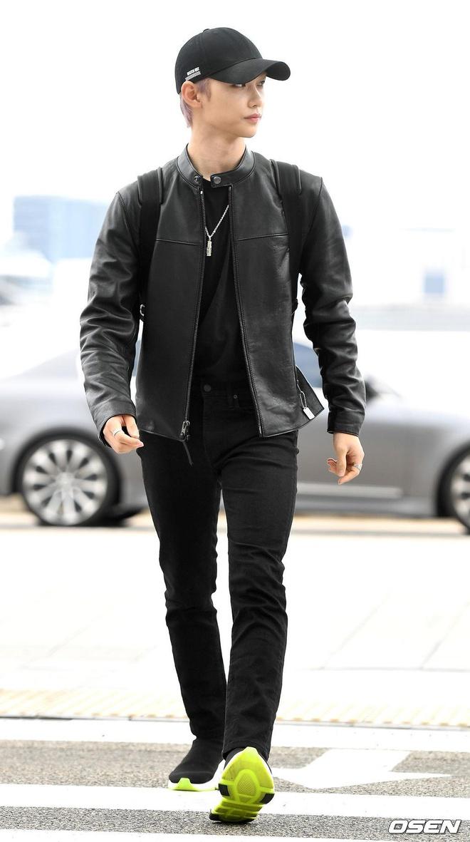 Dan than tuong nha JYP noi bat, Mamamoo dien do ngu ra san bay hinh anh 15
