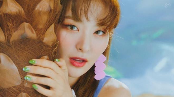 Red Velvet tro lai, 'nu than' Irene thang hang nhan sac hinh anh 9