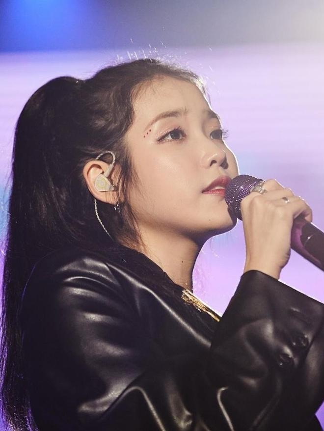 Bon nu than Kpop noi tieng nhat nua dau 2019 hinh anh 6