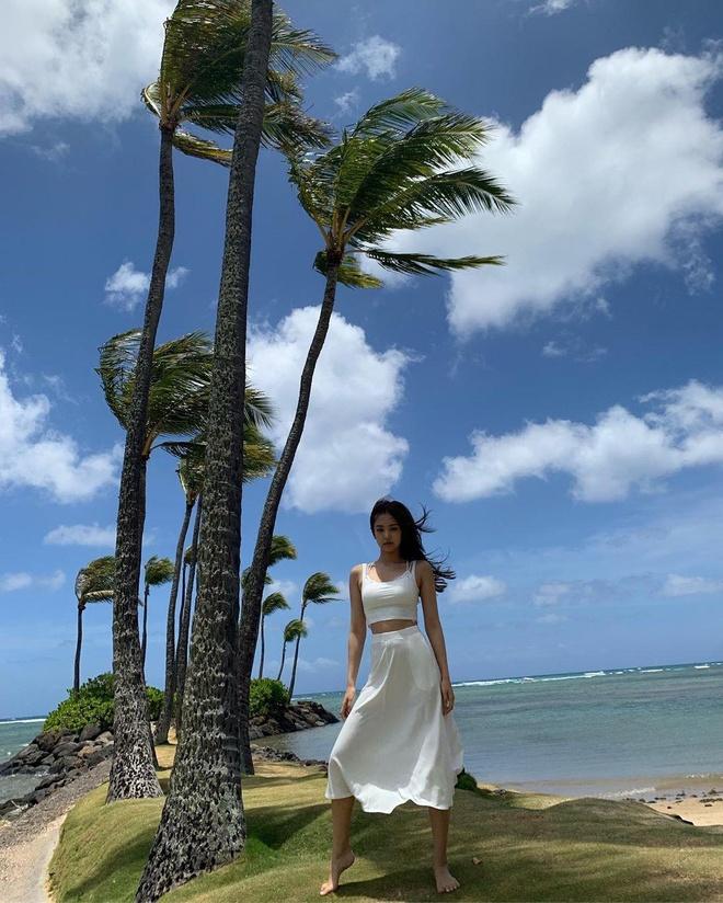Black Pink khoe nhan sac, voc dang trong loat hinh o Hawaii hinh anh 5
