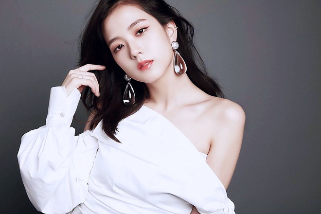 Nhan sac hang dau Kpop cua ban gai tin don Son Heung-min hinh anh 4